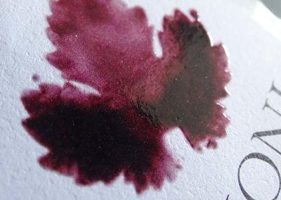 Serigrafia UV selettiva e stampa off-sett
